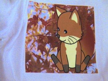 (写真:来場者の方が作られたC-シャツのデザイン その2 撮影:fumiさん)