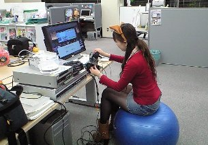 yurinabalanceball.JPG